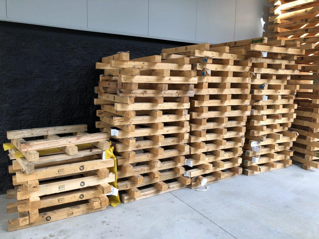 3x2 Legged Board Pallets - Repalletize